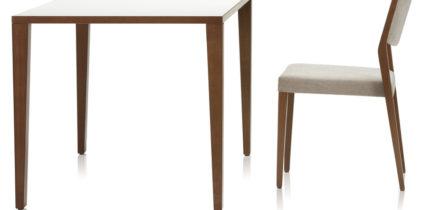 Brunner Buenanova tafel met stoel